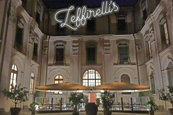 la Zeffirelli's Tea Room in piazza San Firenze
